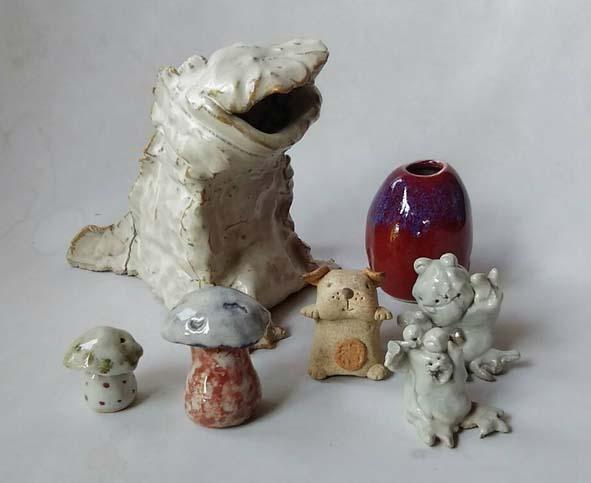陶芸体験ひも作りと玉作りの作品