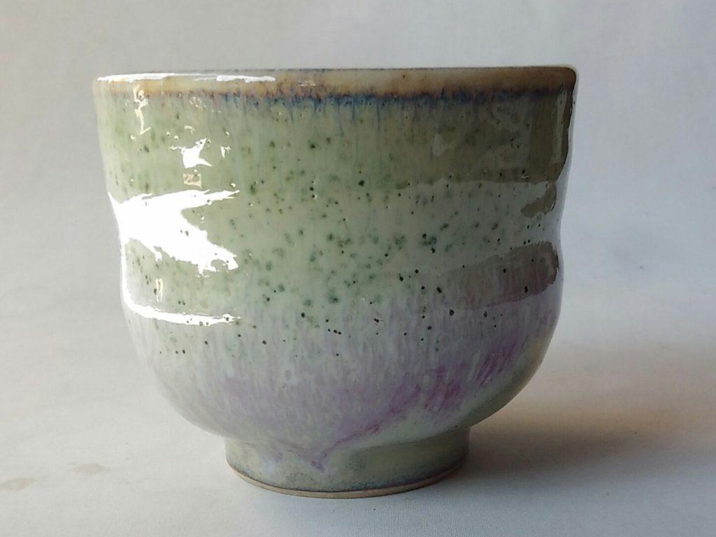 緑釉いっぷく碗です。