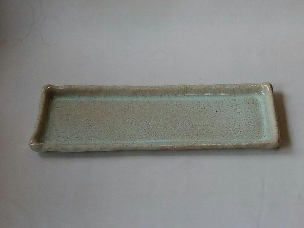 白釉長方皿