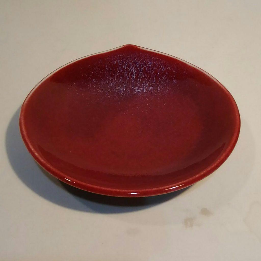 梅の花形皿
