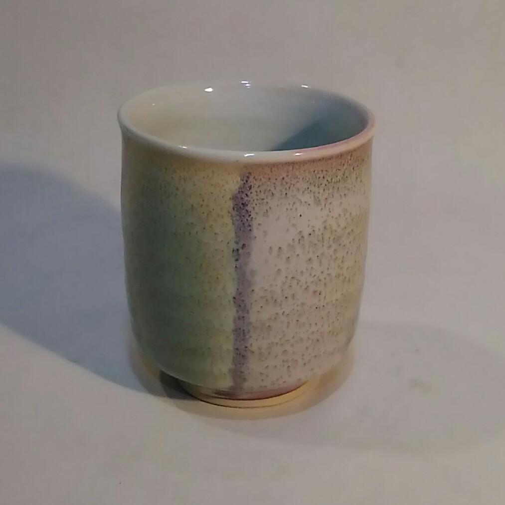 銅緑釉窯変湯呑みです。