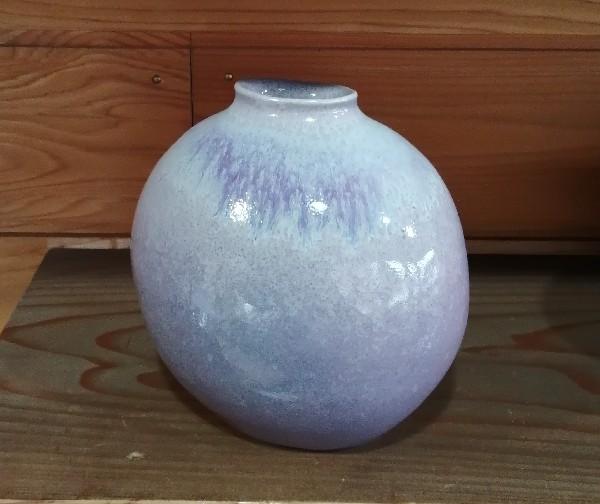 均窯釉花器です