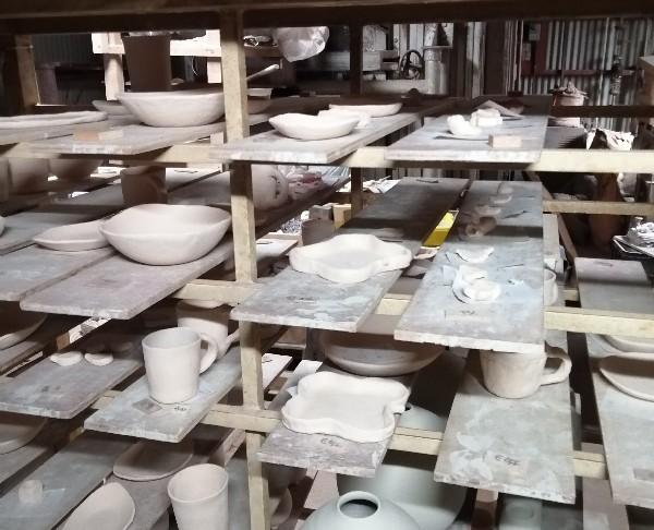 陶芸体験作品釉薬掛け