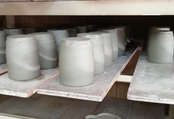 マグカップ水挽き