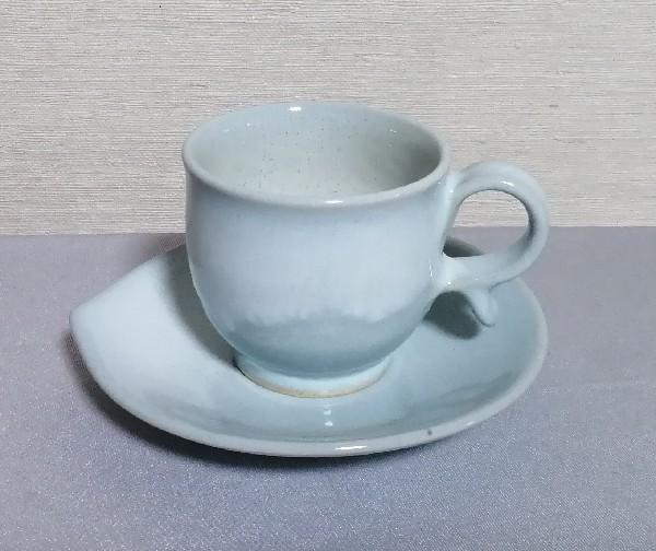 雫形ソーサーアンドカップ